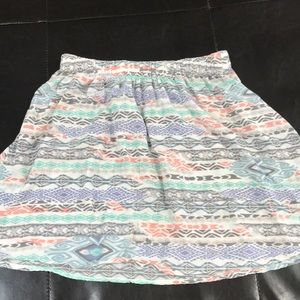 Hollister pastel skirt! Barely worn!! Size M!!